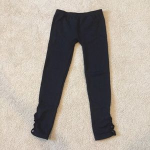 The children's place leggings in size large